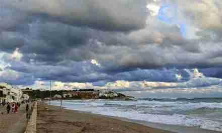 Preguntar per saber com estan les platges i millorar-les