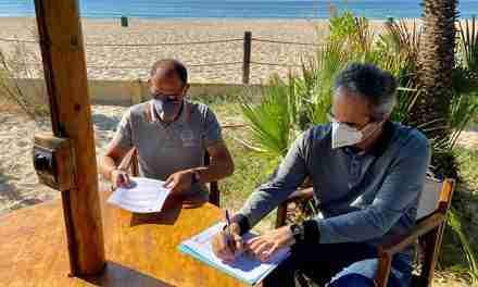 L'Associació Aurora i el Càmping Gavina signen un acord de col·laboració per a fomentar la conservació de l'Espai Natural de la Platja de Torredembarra i Creixell